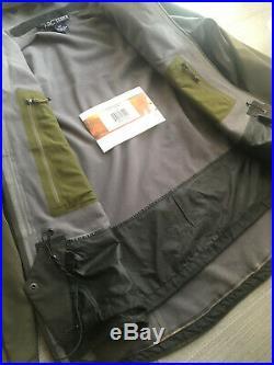 Arc'teryx SCORPION Jacket Sitka Green SoftShell Ski Recco Made in Canada M