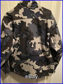 Kuiu Teton Soft Shell Hunting Jacket Vias Camo, Men's Large NWOT