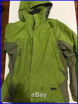 Patagonia Ski Jacket Regulator Lined Softshell Medium Green Snow Parka Snowboard